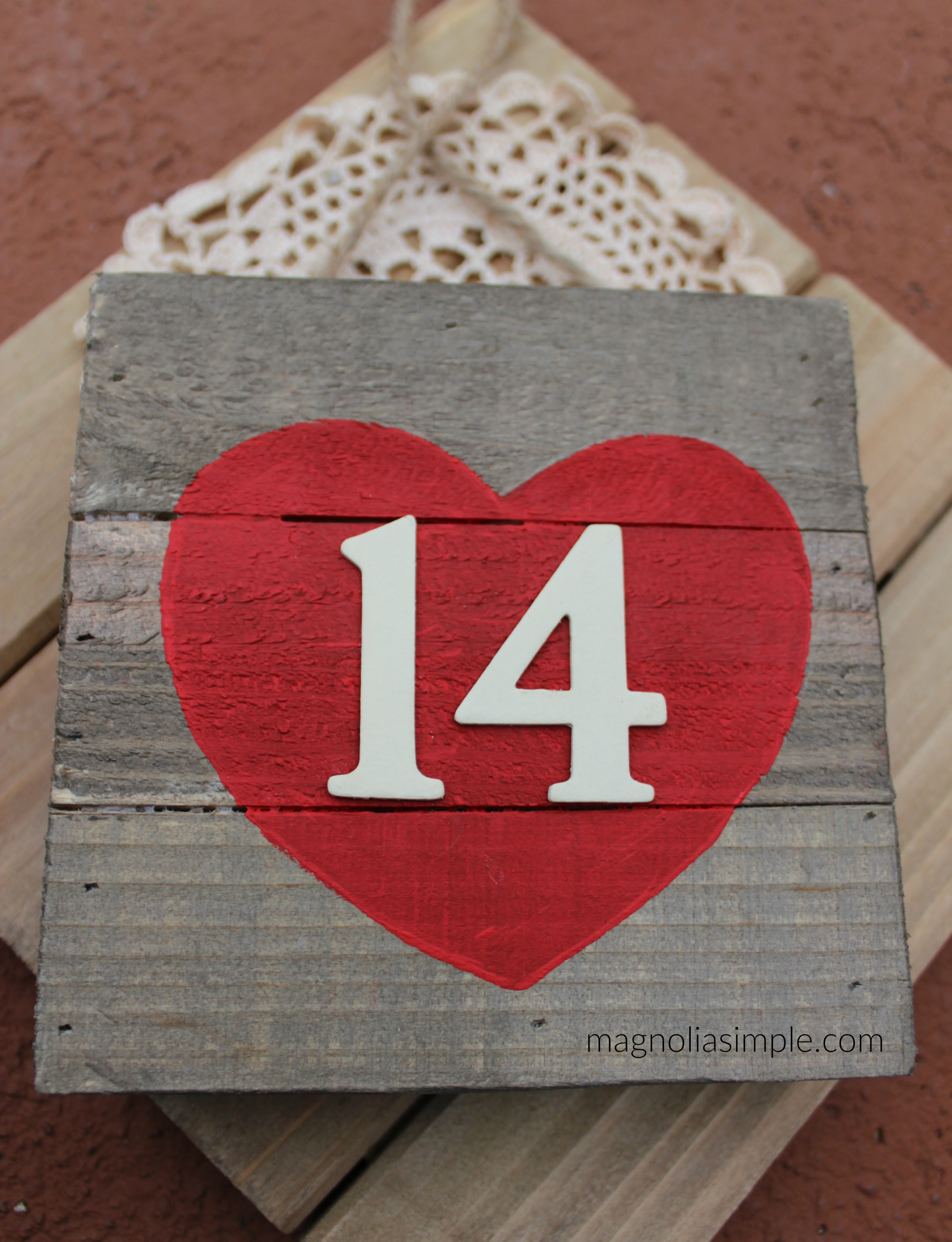 Reclaimed wood Valentine Craft.jpg